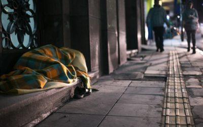 Como ajudar pessoas em situação de rua em tempos de covid-19? | Vamos nos cuidar sem pânico?